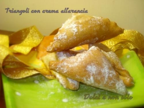 triangoli con crema all'arancia