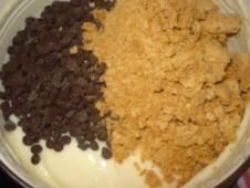 crema con cioccolato e amaretti