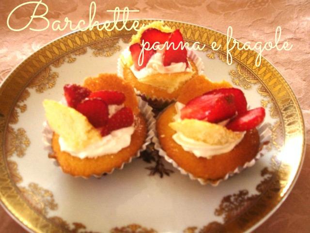 Barchette panna e fragole