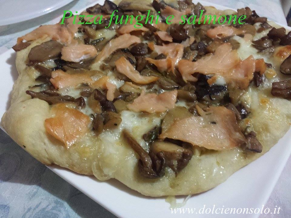 pizza funghi e salmone