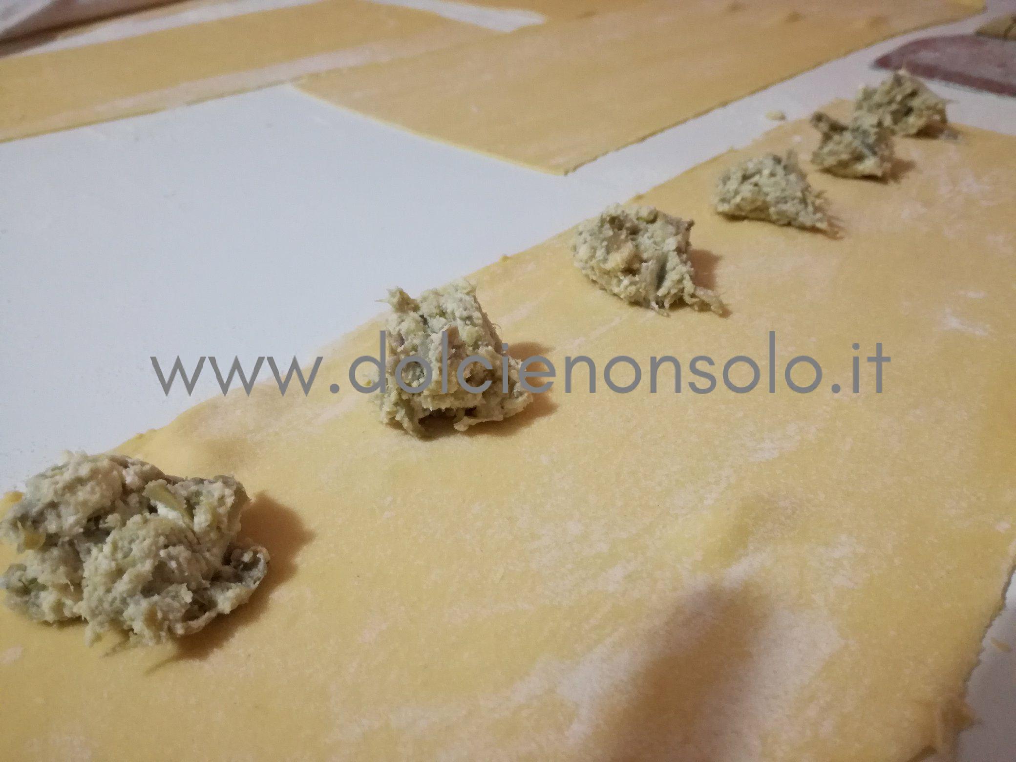 preparazione cuori di pasta fresca