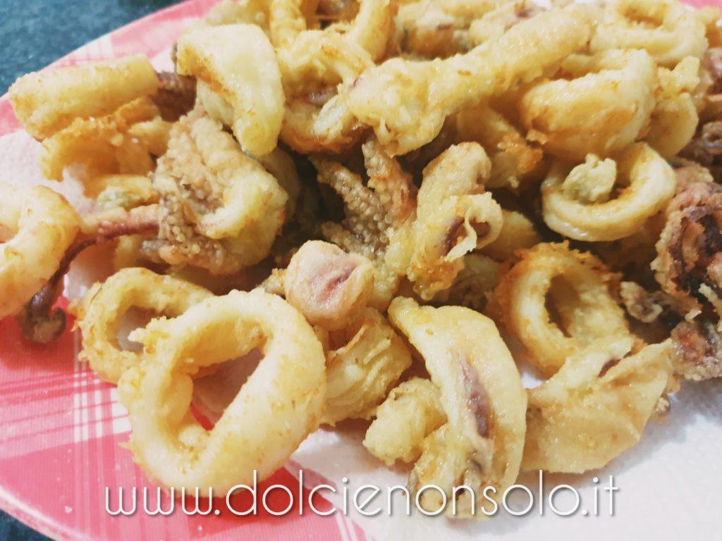 Calamari fritti croccanti e morbidi all'interno