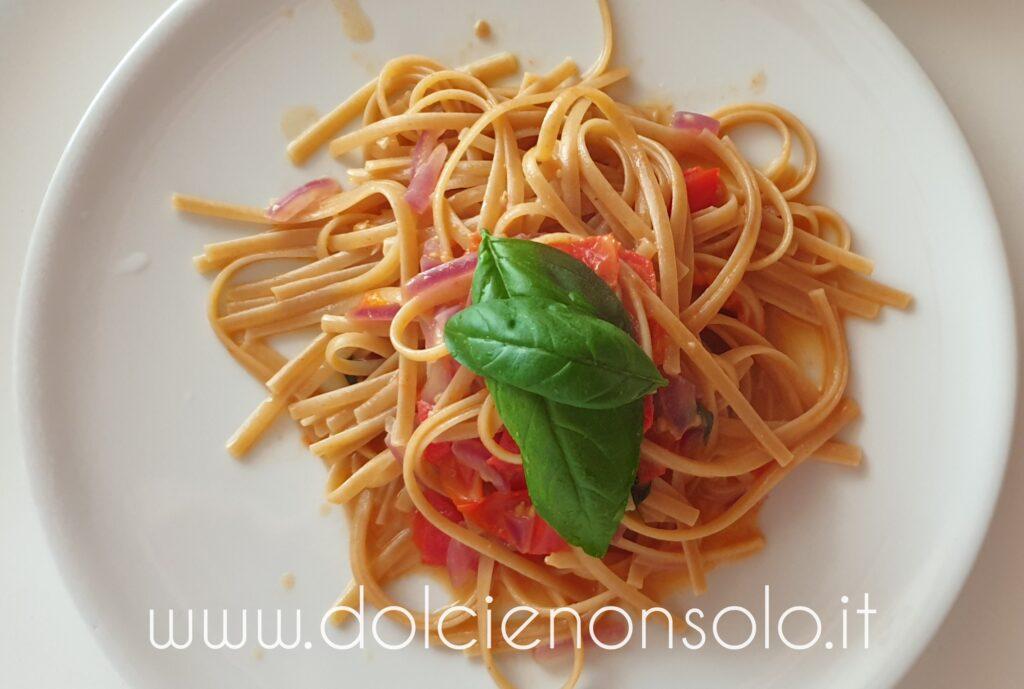 Spaghetti integrali ai pomodorini