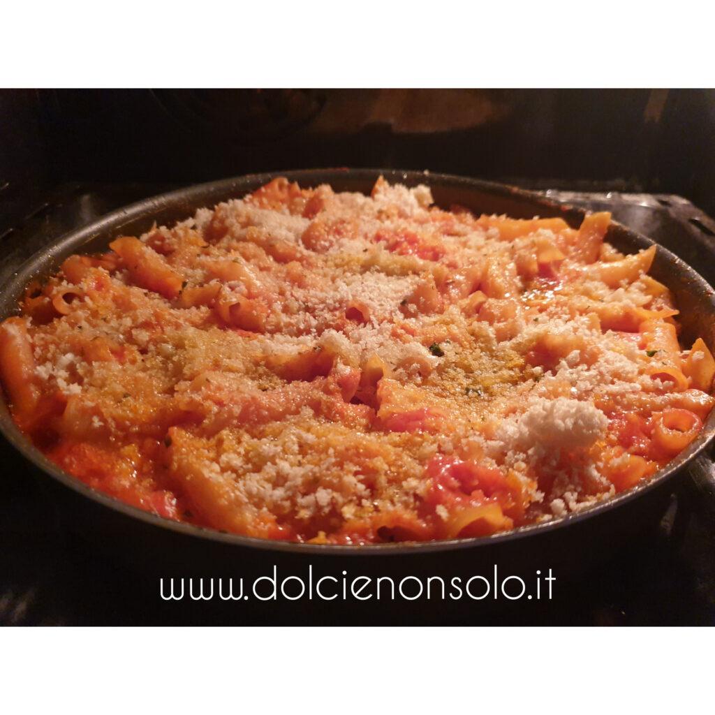 Pasta e patate ara tijeddra, ricetta tipica cosentina