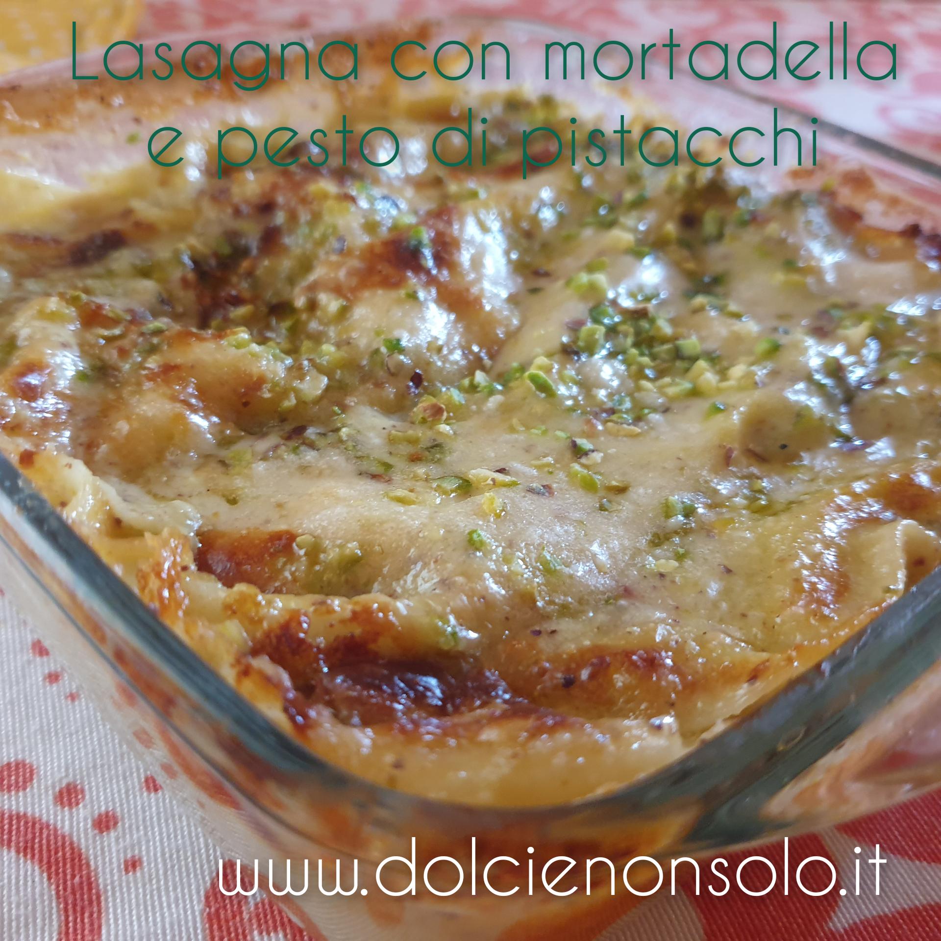 Lasagna con mortadella e pesto di pistacchi